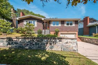 Photo 2: 2825 Joseph Howe Drive in Halifax: 4-Halifax West Residential for sale (Halifax-Dartmouth)  : MLS®# 202123157