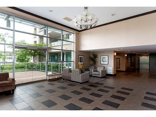 """Photo 2: 408 125 MILROSS Avenue in Vancouver: Mount Pleasant VE Condo for sale in """"Citygate at Creekside"""" (Vancouver East)  : MLS®# V1058949"""