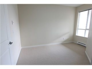 Photo 6: 411 3551 FOSTER Avenue in Vancouver: Collingwood VE Condo for sale (Vancouver East)  : MLS®# V1031933
