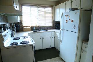 Photo 5: 200 MILLBOURNE Road E in Edmonton: Zone 29 House Half Duplex for sale : MLS®# E4203111