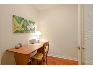 """Photo 7: 101 2096 W 46TH Avenue in Vancouver: Kerrisdale Condo for sale in """"KERRISDALE LANDING"""" (Vancouver West)  : MLS®# V981850"""