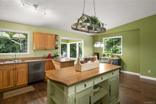 Photo 7: 2045 Wesbrook Dr in Sidney: Si Sidney North-West House for sale : MLS®# 844726