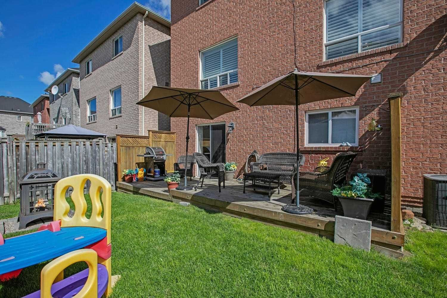 Photo 23: Photos: 190 Dean Burton Lane in Newmarket: Woodland Hill House (2-Storey) for sale : MLS®# N4918510