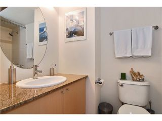 """Photo 6: 809 550 TAYLOR Street in Vancouver: Downtown VW Condo for sale in """"THE TAYLOR"""" (Vancouver West)  : MLS®# V838686"""
