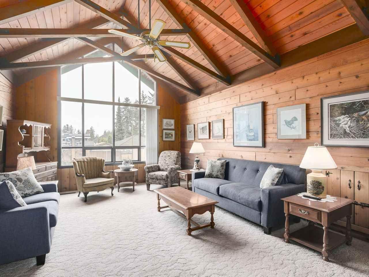 Photo 2: Photos: 1320 REGAN Avenue in Coquitlam: Central Coquitlam House for sale : MLS®# R2147096
