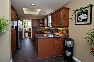 """Photo 11: 45 31450 SPUR Avenue in Abbotsford: Abbotsford West Townhouse for sale in """"Lakepointe Villas"""" : MLS®# R2075766"""