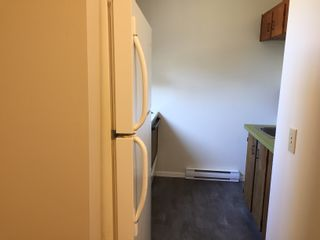 Photo 3: 14-25 Pryde Avenue in Nanaimo: Residential for rent