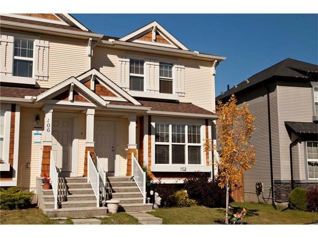 Main Photo: 102 AUTUMN Green SE in Calgary: Auburn Bay House for sale : MLS®# C4082157