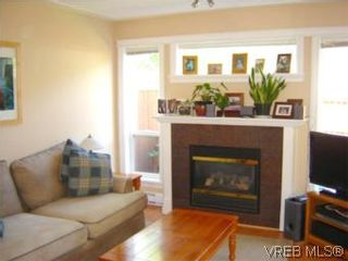 Photo 2: 24 172 Belmont Rd in VICTORIA: Co Colwood Corners Row/Townhouse for sale (Colwood)  : MLS®# 505257
