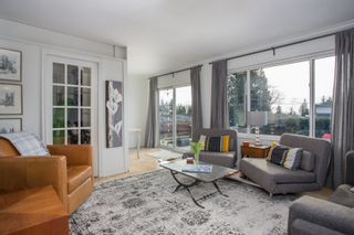 Photo 4: 859 E 15TH Street in North Vancouver: Boulevard House for sale : MLS®# R2335791