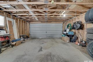 Photo 33: 222 Witney Avenue South in Saskatoon: Meadowgreen Residential for sale : MLS®# SK846981