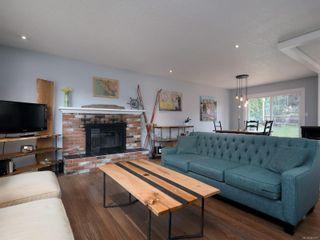 Photo 4: 627 Vanalman Ave in : SW Northridge House for sale (Saanich West)  : MLS®# 867077