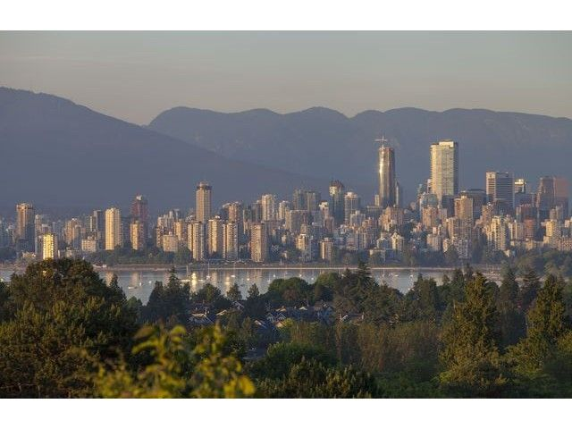 "Main Photo: 4216 W 8TH Avenue in Vancouver: Point Grey House for sale in ""POINT GREY"" (Vancouver West)  : MLS®# V1125944"