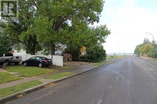 Photo 29: 612 9 Avenue S in Lethbridge: House for sale : MLS®# A1145075