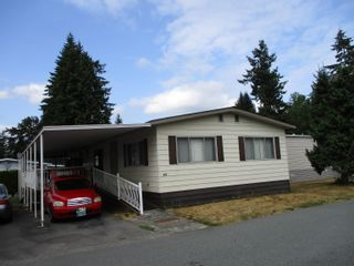 """Photo 1: 225 3665 244 Street in Langley: Aldergrove Langley Manufactured Home for sale in """"LANGLEY GROVE ESTATES"""" : MLS®# R2612491"""