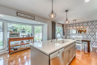 Photo 12: 3359 OAKWOOD Drive SW in Calgary: Oakridge Detached for sale : MLS®# A1145884