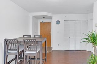 """Photo 5: 1508 1166 MELVILLE Street in Vancouver: Coal Harbour Condo for sale in """"ORCA"""" (Vancouver West)  : MLS®# R2603141"""