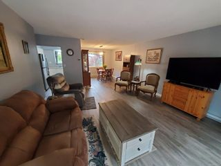Photo 3: 421 Maquinna Cres in : NI Gold River House for sale (North Island)  : MLS®# 874294