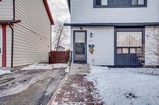 Photo 5: 111 ERIN RIDGE Road SE in Calgary: Erin Woods House for sale : MLS®# C4162823