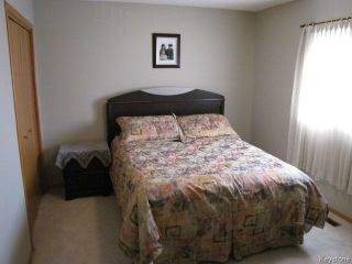 Photo 10: 1286 Leila Avenue in WINNIPEG: Maples / Tyndall Park Residential for sale (North West Winnipeg)  : MLS®# 1412296
