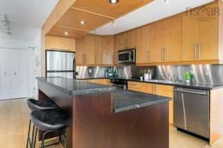 Photo 9: 404 990 McLean Street in Halifax: 2-Halifax South Residential for sale (Halifax-Dartmouth)  : MLS®# 202120878