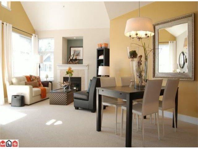 """Photo 3: Photos: 402 15368 16A Avenue in Surrey: King George Corridor Condo for sale in """"OCEAN BAY VILLAS"""" (South Surrey White Rock)  : MLS®# F1018846"""