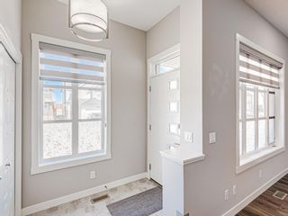 Photo 5: 417 Chinook Gate Square SW: Airdrie Detached for sale : MLS®# A1096458