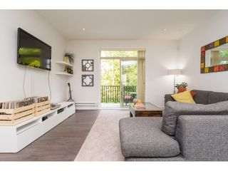 """Photo 3: 21 1708 KING GEORGE Boulevard in Surrey: King George Corridor Townhouse for sale in """"The George"""" (South Surrey White Rock)  : MLS®# R2196864"""