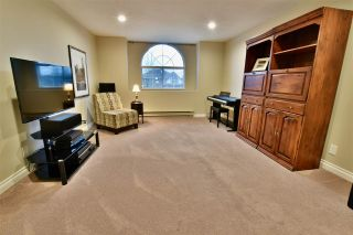 """Photo 18: 21533 86A Crescent in Langley: Walnut Grove House for sale in """"Forest Hills"""" : MLS®# R2423058"""