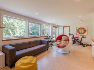 Photo 33: 5497 GREENLEAF Road in West Vancouver: Eagle Harbour House for sale : MLS®# R2559924