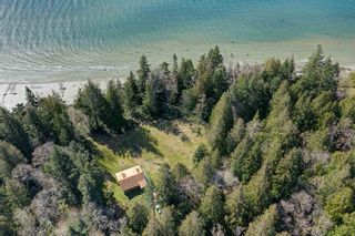 Photo 11: 135 HAIRY ELBOW Road in Seymour: Halfmn Bay Secret Cv Redroofs House for sale (Sunshine Coast)  : MLS®# R2556718