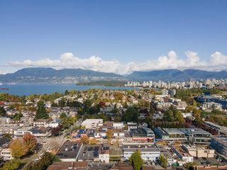 """Photo 22: 101 1990 W 6TH Avenue in Vancouver: Kitsilano Condo for sale in """"Mapleview Place"""" (Vancouver West)  : MLS®# R2625345"""