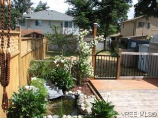 Photo 6: A 618 Kelly Rd in VICTORIA: Co Hatley Park Half Duplex for sale (Colwood)  : MLS®# 507649