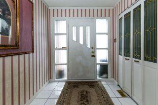 Photo 2: 16108 88 Avenue in Edmonton: Zone 22 House for sale : MLS®# E4228839