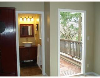 Photo 6: 1035 10TH Ave: Mount Pleasant VE Home for sale ()  : MLS®# V757811