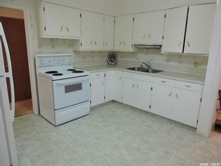 Photo 3: 13 Lincoln Avenue in Yorkton: West YO Residential for sale : MLS®# SK824129