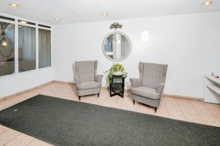 """Photo 17: PH4 1040 PACIFIC Street in Vancouver: West End VW Condo for sale in """"CHELSEA TERRACE"""" (Vancouver West)  : MLS®# R2226216"""