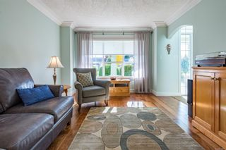 Photo 10: 689 moralee Dr in : CV Comox (Town of) House for sale (Comox Valley)  : MLS®# 858897
