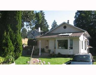 Photo 1: 2136 WESTVIEW DR: House for sale : MLS®# V718913