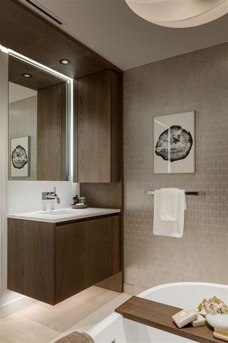 """Photo 12: 301 3596 W 28TH Avenue in Vancouver: Dunbar Condo for sale in """"LEGACY DUNBAR"""" (Vancouver West)  : MLS®# R2585337"""