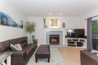 """Photo 10: 6491 CLAYTONWOOD Grove in Surrey: Cloverdale BC House for sale in """"Clayton Hills"""" (Cloverdale)  : MLS®# R2214597"""