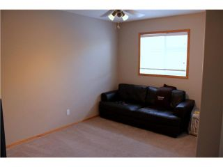 Photo 8: 137 CIMARRON Drive: Okotoks Residential Detached Single Family for sale : MLS®# C3597857