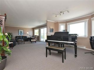Photo 2: 2322 Evelyn Hts in VICTORIA: VR Hospital House for sale (View Royal)  : MLS®# 703774