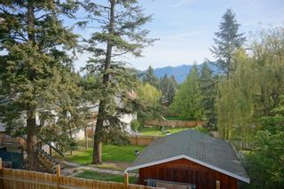 Photo 3: 1741 9TH AVENUE in Invermere: House for sale : MLS®# 2461429