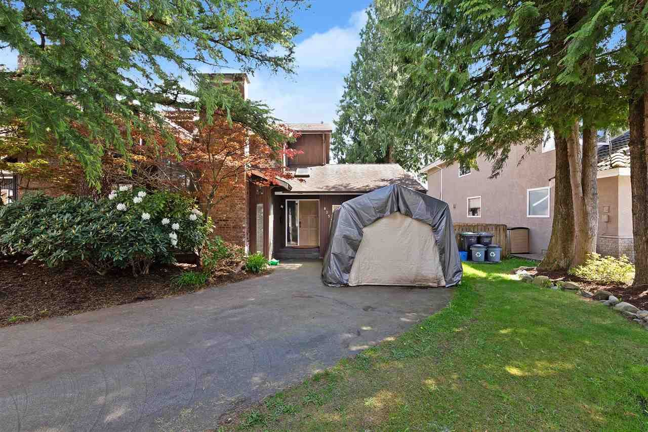 Main Photo: 835 PORTER Street in Coquitlam: Harbour Chines 1/2 Duplex for sale : MLS®# R2576039