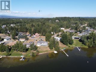 Photo 2: 1843 BEACH CRESCENT in Quesnel: House for sale : MLS®# R2611932