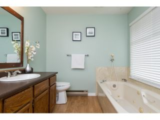 Photo 15: 1830 146 STREET in Surrey: Sunnyside Park Surrey House for sale (South Surrey White Rock)  : MLS®# R2059482