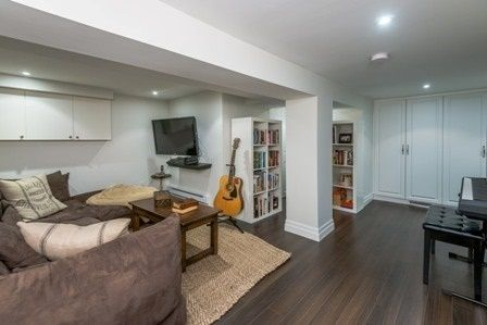 Photo 19: Photos:  in : Lawrence Park South Freehold  (Toronto C04)  : MLS®# C3362751