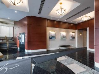 "Photo 3: 10C 199 DRAKE Street in Vancouver: Yaletown Condo for sale in ""CONCORDIA 1"" (Vancouver West)  : MLS®# R2539673"