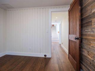 "Photo 35: 7101 DALE Road in Sechelt: Sechelt District House for sale in ""Caleda Estates"" (Sunshine Coast)  : MLS®# R2515160"